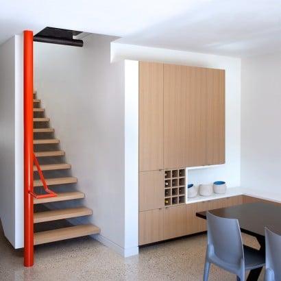 Diseño de escaleras modernas y parte del comedor