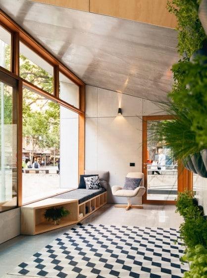 Diseño de interiores de estar de casa pequeña