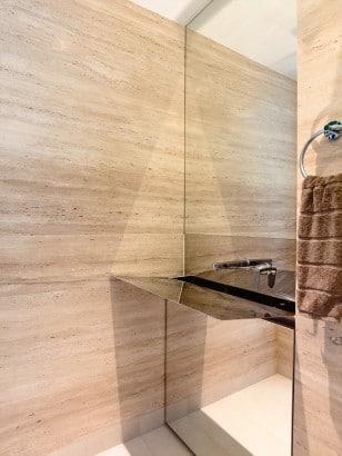 Diseño de exclusivo lavabo reflejante