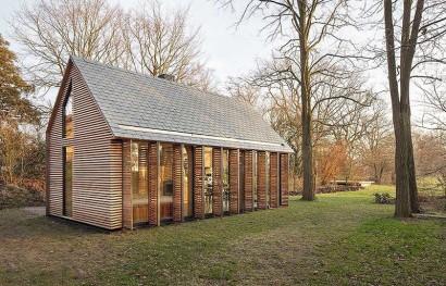 Diseño de pequeña cabaña de madera