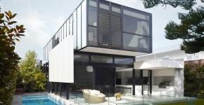 diseo de casa de dos pisos moderna estructura rectangular y fachada acristalada para interiores luminosos