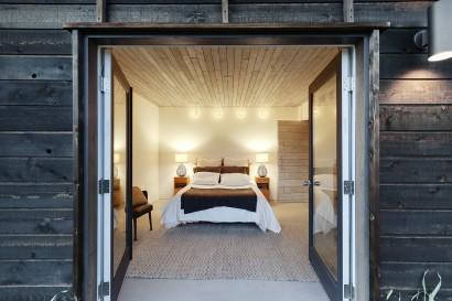 Diseño de dormitorio de cabaña moderna