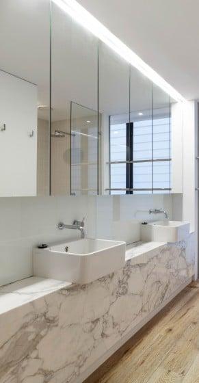 Diseño de lavabos cuadrados base de marmol
