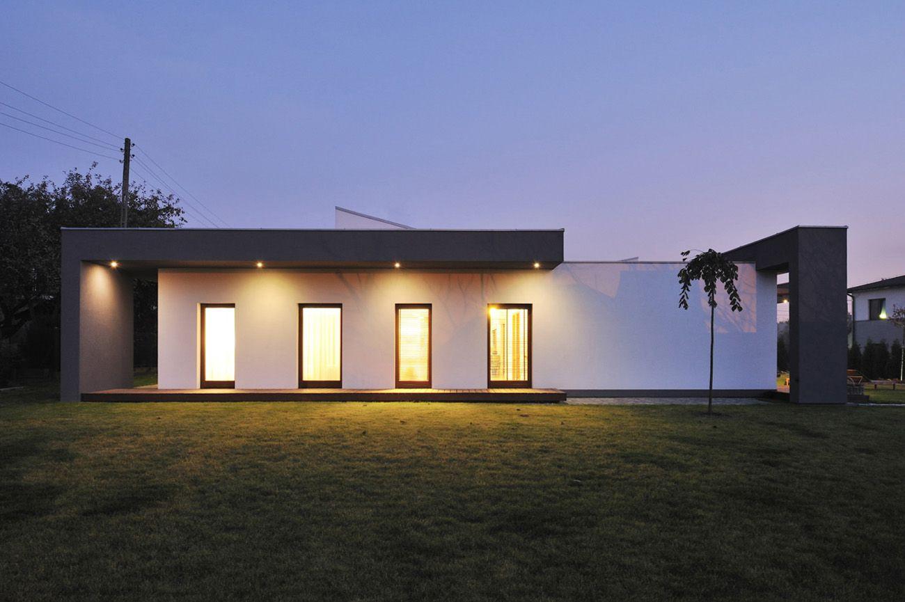 Dise o de casa de una planta con planos construye hogar for Fachada casa un piso