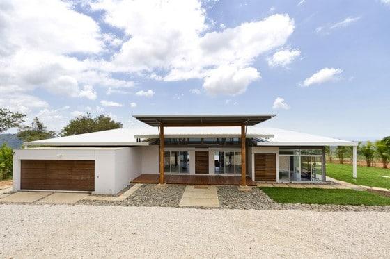Fachada moderna de casa de campo - fachada principal