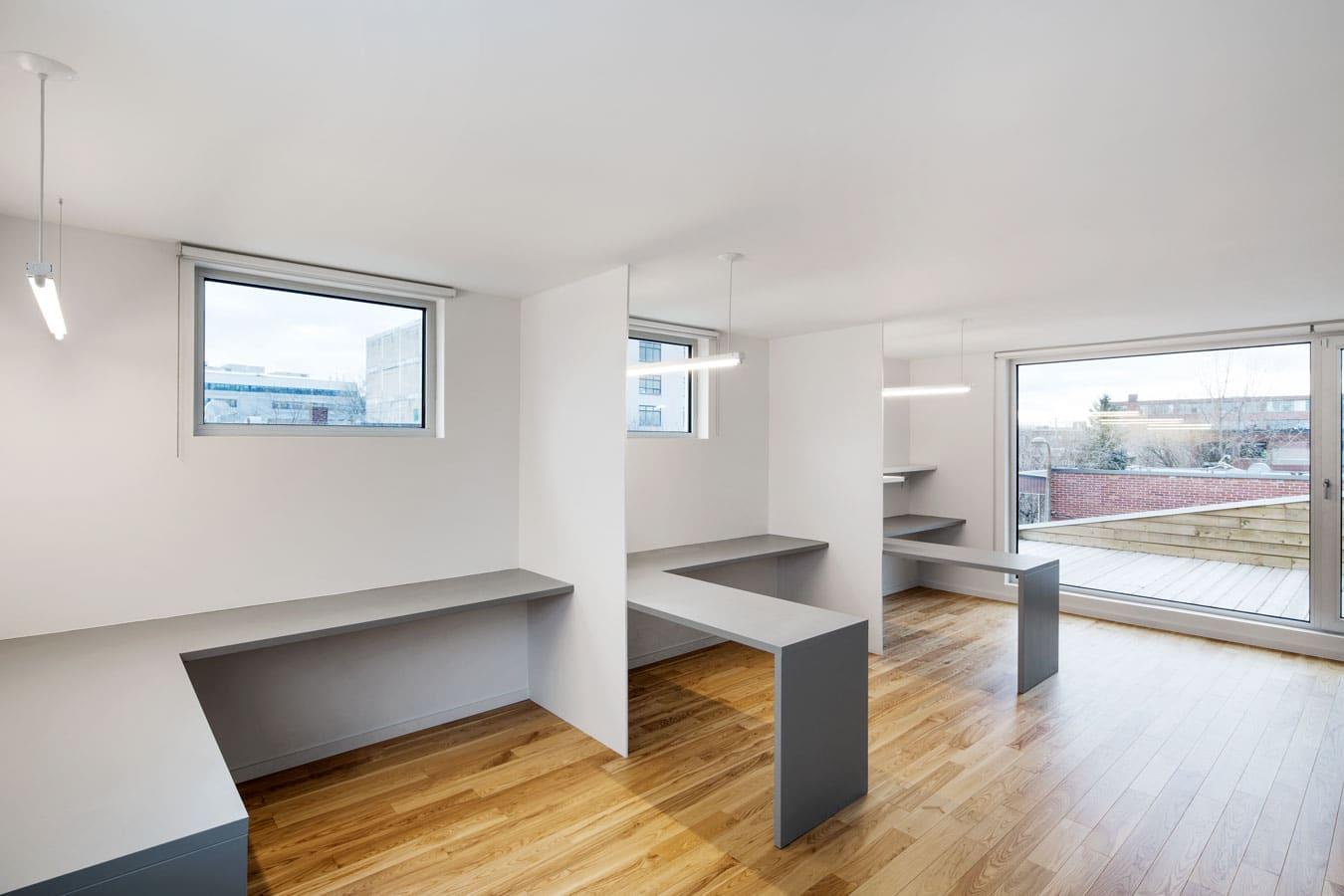 Planos de casa de dos pisos tres dormitorios construye for Techos para casas de 2 pisos