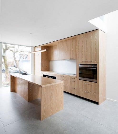 Diseño de cocina de madera de casa moderna