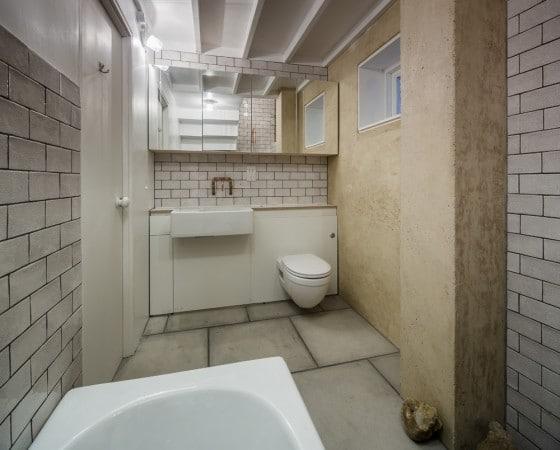 Diseño de cuarto de baño rústico 002