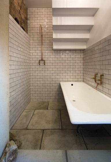 Diseño de cuarto de baño rústico estilo indrustrial