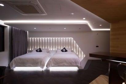 Diseño de dormitorio ultra moderno de departamento