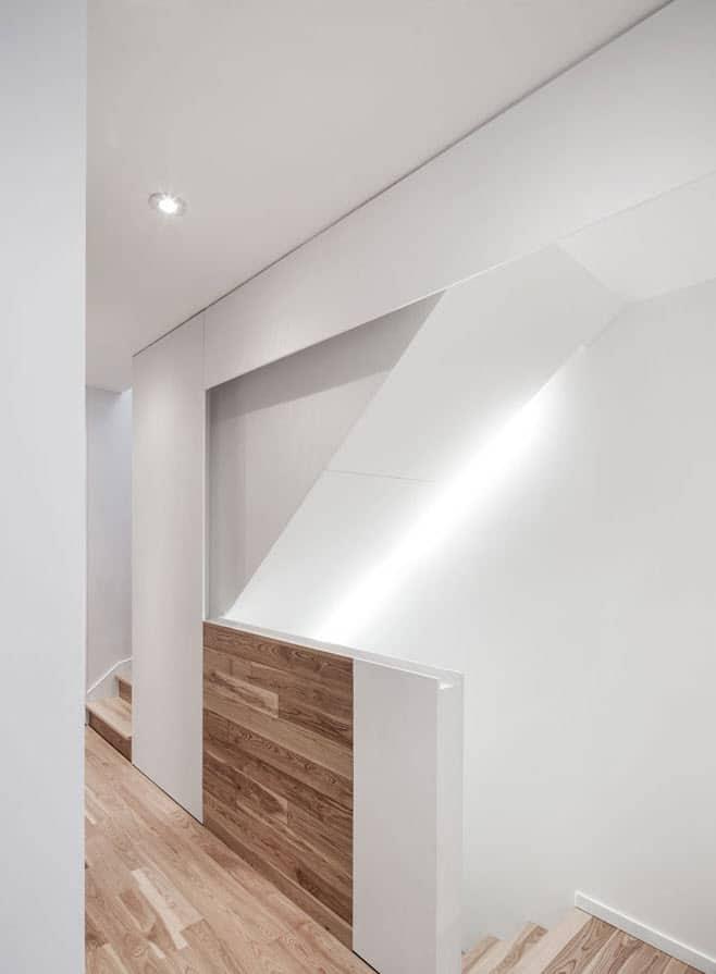 Planos de casa de dos pisos tres dormitorios construye for Escaleras para casas de dos pisos
