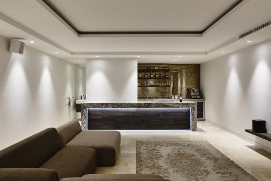 Diseño de bar estar de casa moderna