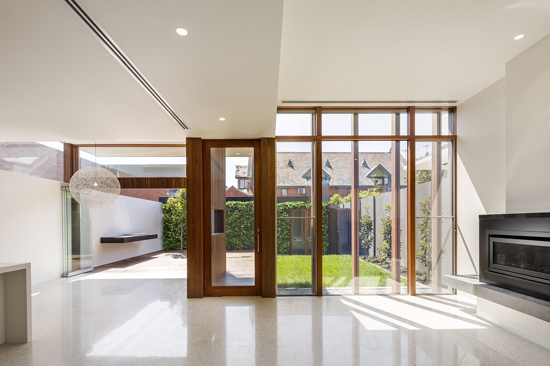 Planos de casa moderna de un piso construye hogar for Casa minimalista grande