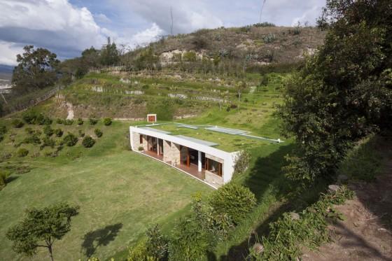Casa un piso con techo verde