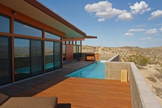 Casa un piso con piscina pequeña