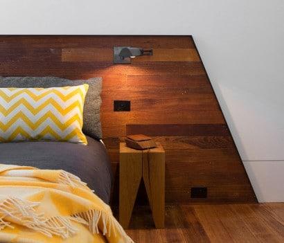 Diseño de cabecera de cama hecho en madera