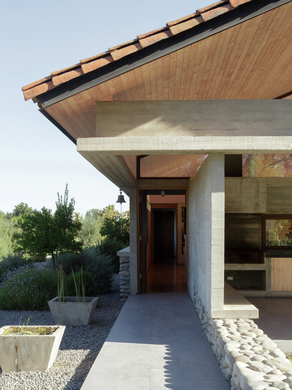 Dise o de casa de campo de un piso construye hogar for Fachadas frontales de casas
