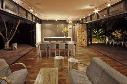 Diseño de interiores de sala comedor por la noche