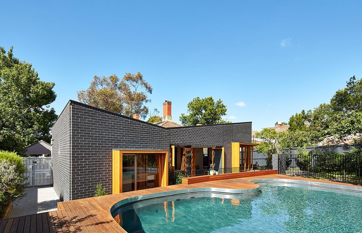 Casas moderna un piso con ladrillo construye hogar for Construccion de piscinas con ladrillos