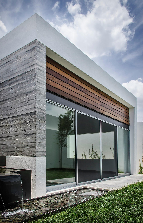 diseo de muro de concreto y madera para fachadas