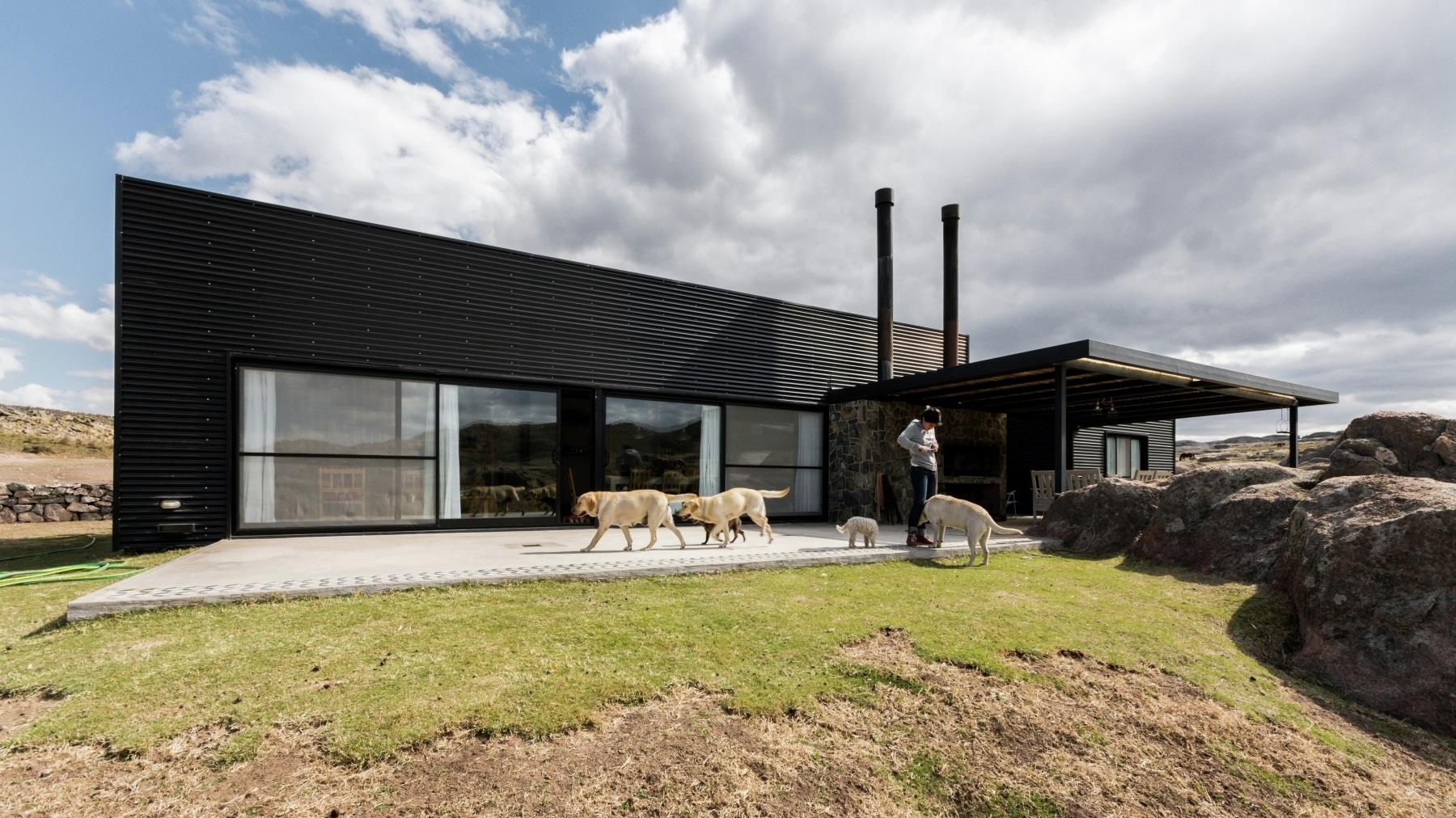 Dise o casa de campo tres dormitorios construye hogar for Casas de campo modernas