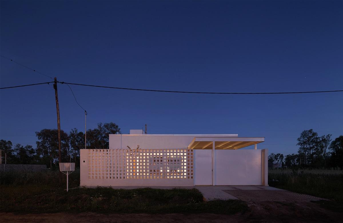 Casa De Un Piso Y Dos Dormitorios Construye Hogar