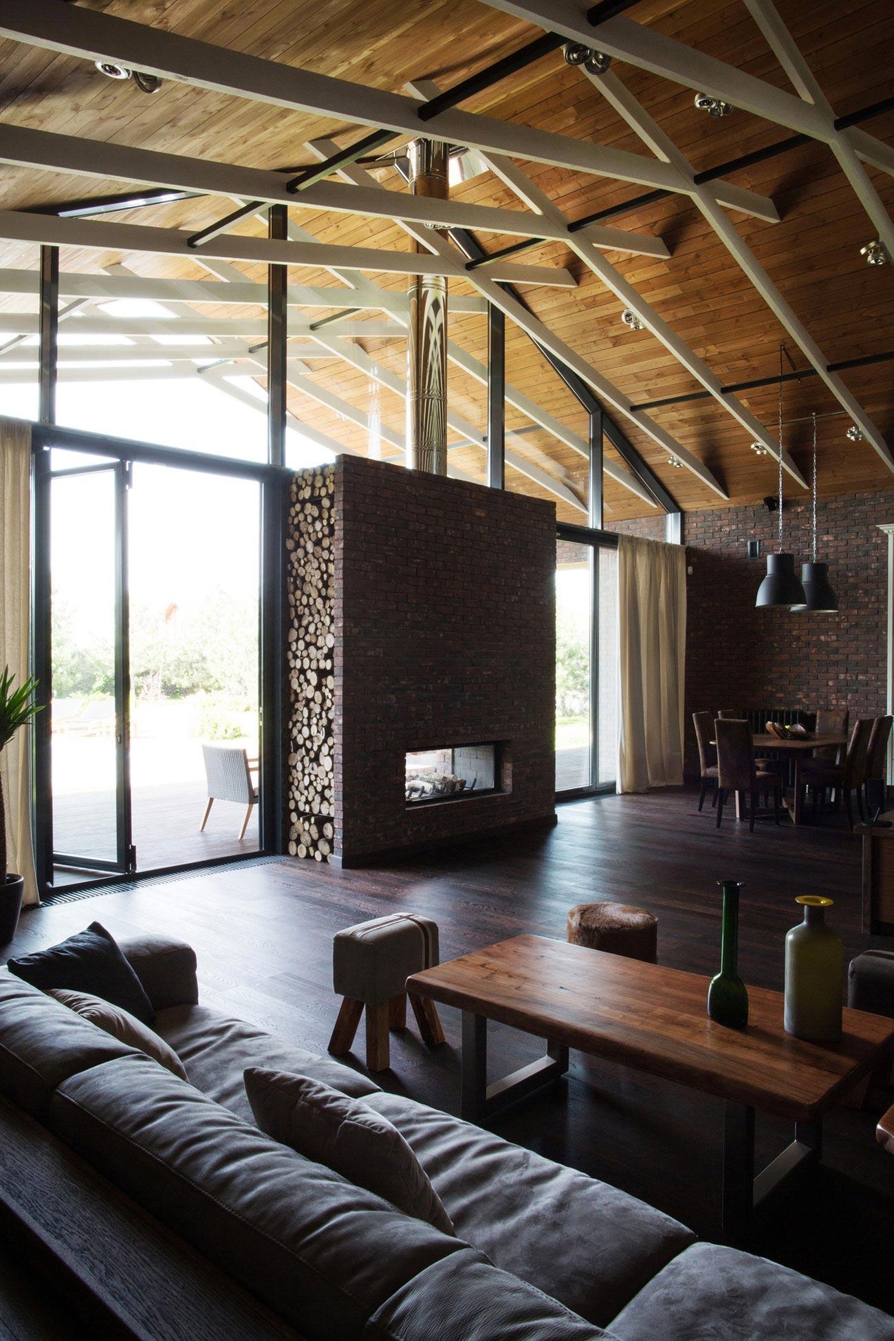 Casa de un piso de 390 metros cuadrados construye hogar for Casas de campo interiores