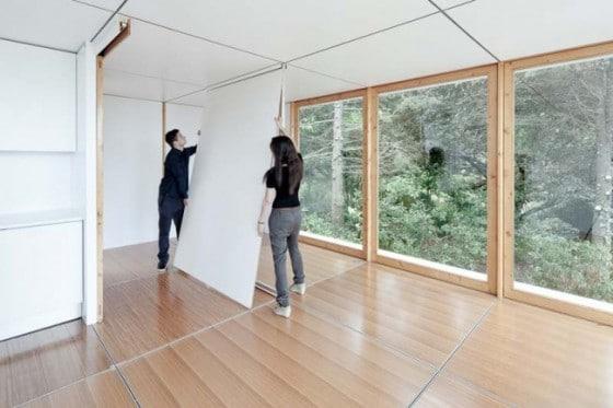 Colocación de paneles divisorios al interior de casa