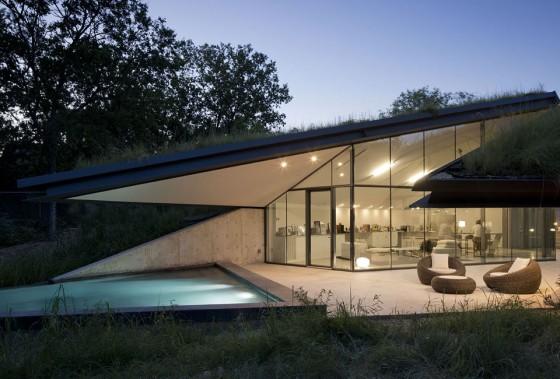 Fachada casa ultra moderna