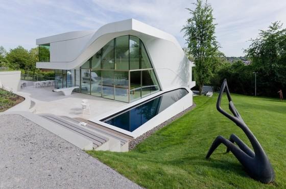 Casa dos pisos orgánica