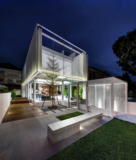 Casa dos plantas moderna estructura