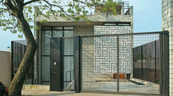 Fachada casa moderna de bajo precio