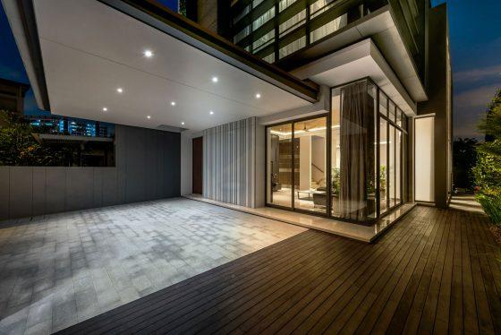 Diseño de ingreso principal a casa moderna