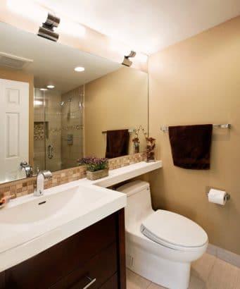 20.  Cuarto de baño pequeño Case Design Remodeling, Inc.