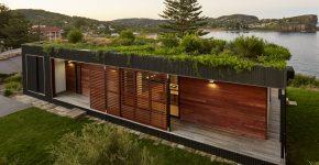 diseo de casa de campo de un piso combina madera y metal en su estructura moderna y ecolgica