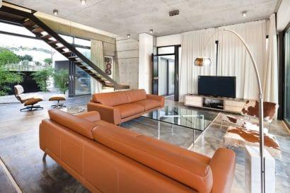 diseno-de-sala-moderna-con-paredes-concreto