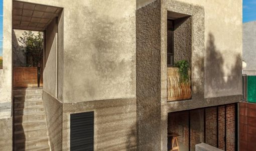 fachada-casa-dos-pisos-semi-rustica-2