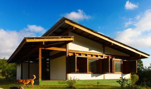 diseo casa de campo sustentable estructura de madera y materiales de construccin reciclados