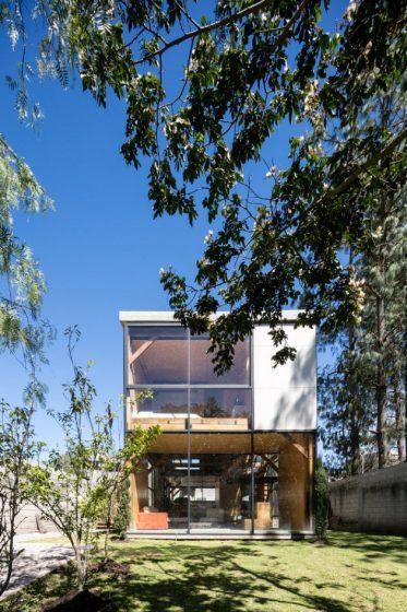 fachada-de-casa-dos-pisos-economica