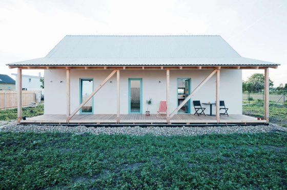 Fachada de casa de campo moderna