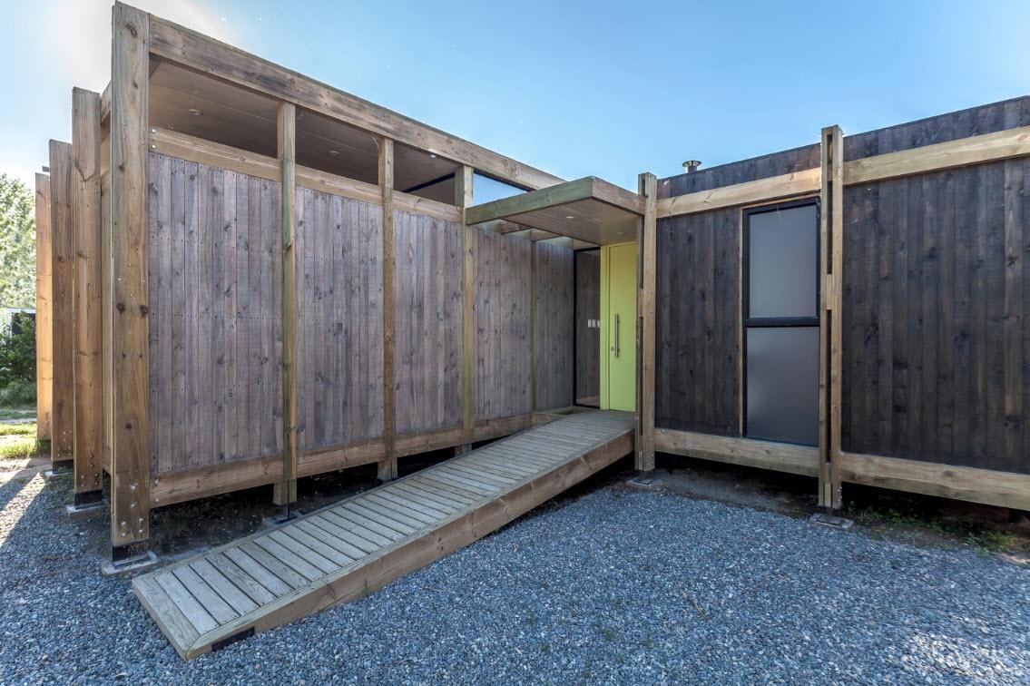 Dise o de peque a casa de campo de madera construye hogar - Como se construye una casa de madera ...