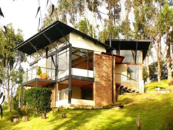 Diseño moderna casa de campo dos pisos