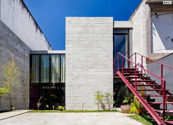 Fachada casa moderna hormigón