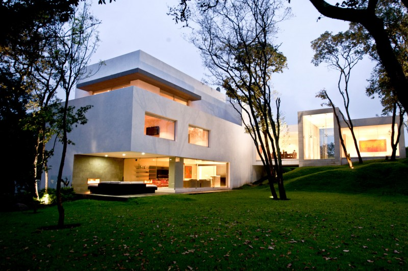 Dise o de casa contempor nea en el campo construye hogar for Casa contemporanea