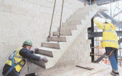 Colocación de escaleras prefabricadas de concreto