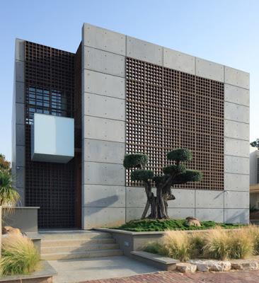 Casa construida con muros prefabricados de concreto