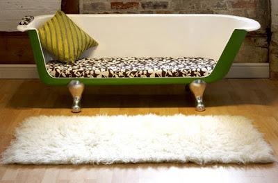 Diseño de sofá con materiales reciclados
