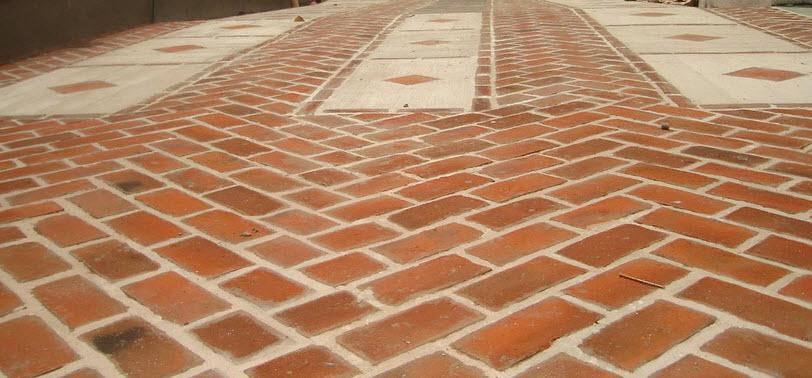 Tipos de ladrillos para construcci n y ladrillos para for Pisos para patios interiores