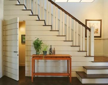 Como dise ar un cuarto de ba o debajo de las escaleras for Puertas debajo escalera