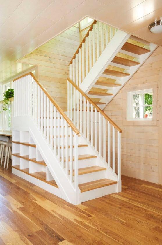Diseño de escaleras típicas de madera
